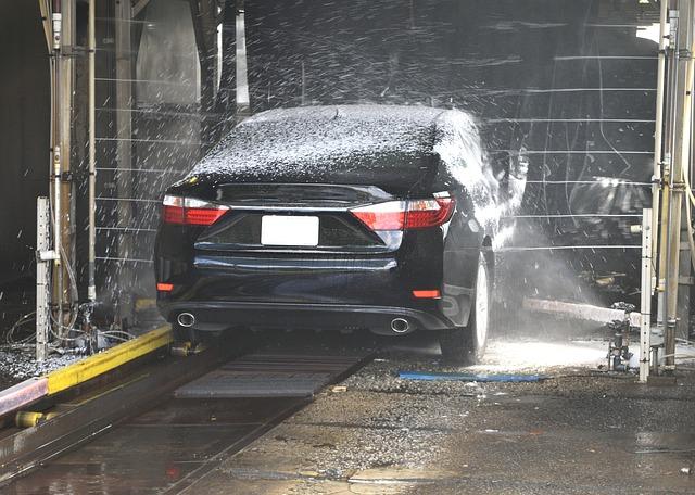 Čistá karoserie vozu je vizitkou každého řidiče – ideální je ruční mytí