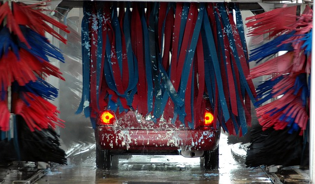 auto v myčce.jpg