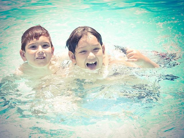 Čistá voda i bazén